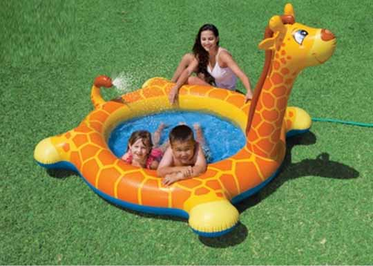 Soldes mr bricolage une piscine gonflable girafe 8 72 for Prix d une girafe a poncer