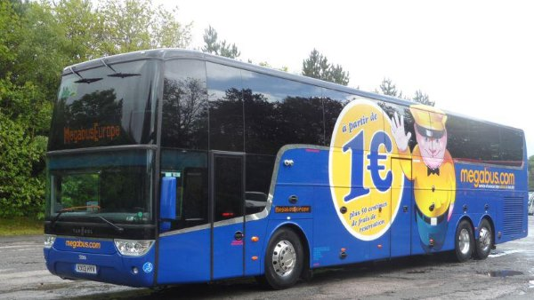 megabus 50 000 places de bus gratuites. Black Bedroom Furniture Sets. Home Design Ideas