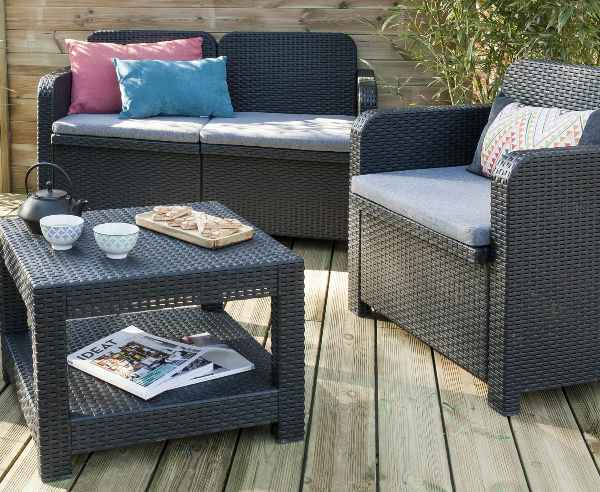 leroy merlin salon de jardin 159 au lieu de 199. Black Bedroom Furniture Sets. Home Design Ideas