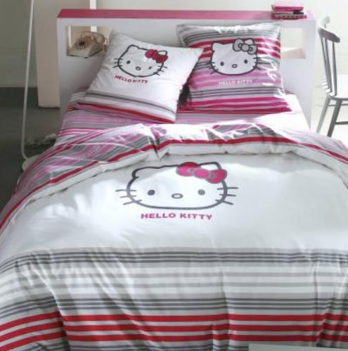 housse de couette hello kitty coton 8 ou 9. Black Bedroom Furniture Sets. Home Design Ideas