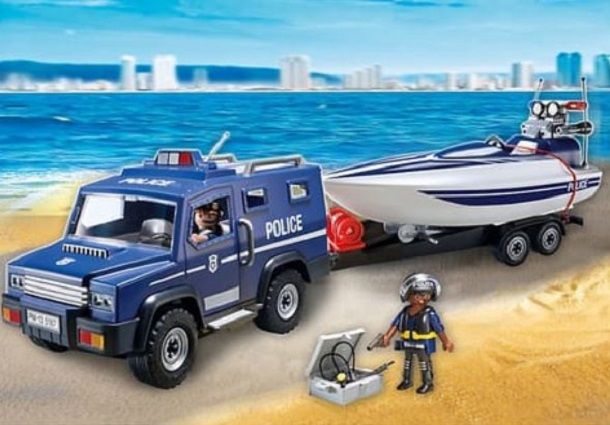 playmobil fourgon vedette police auchan