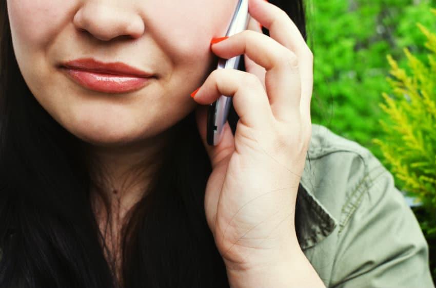 60 millions de consommateurs associe a un numero de telephone surtaxe