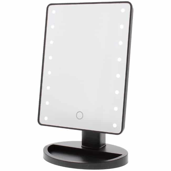 Miroir de maquillage LED à 3,95 € chez Action