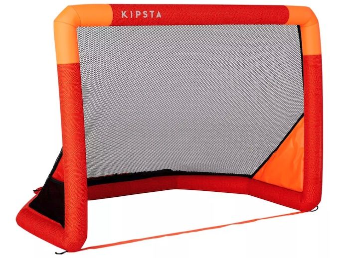 But de football gonflable Kipsta à 20 € chez Decathlon